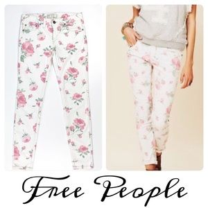 FREE PEOPLE| White Jeans W/ Pink Roses